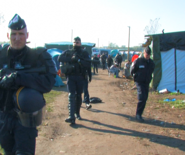 France facing humanitarian crisis in The Jungle Calais